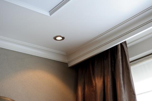 Plafond, verlichting en sierlijsten